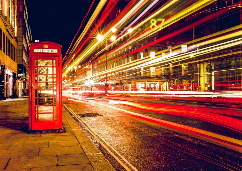 telephone-booth-red-london-england-uk-street