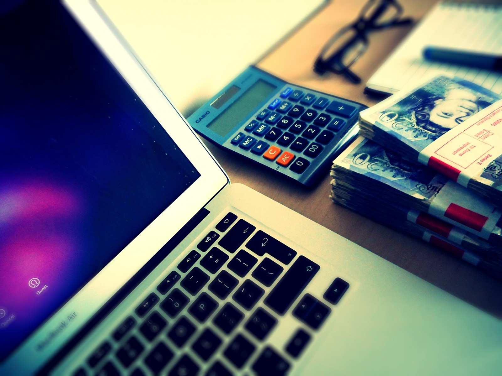 money-computer-desk-finance-success-internet