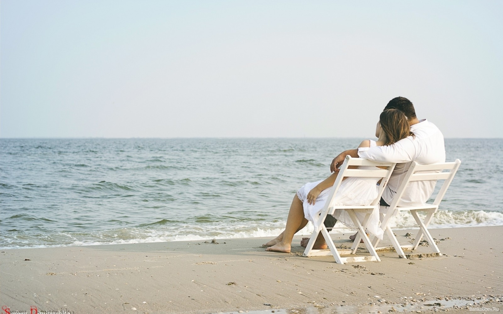 couple-love-romantic-sea-beach-relax-seaside