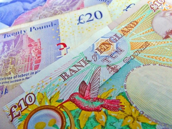 currency-notes-sterling-money-finance-business