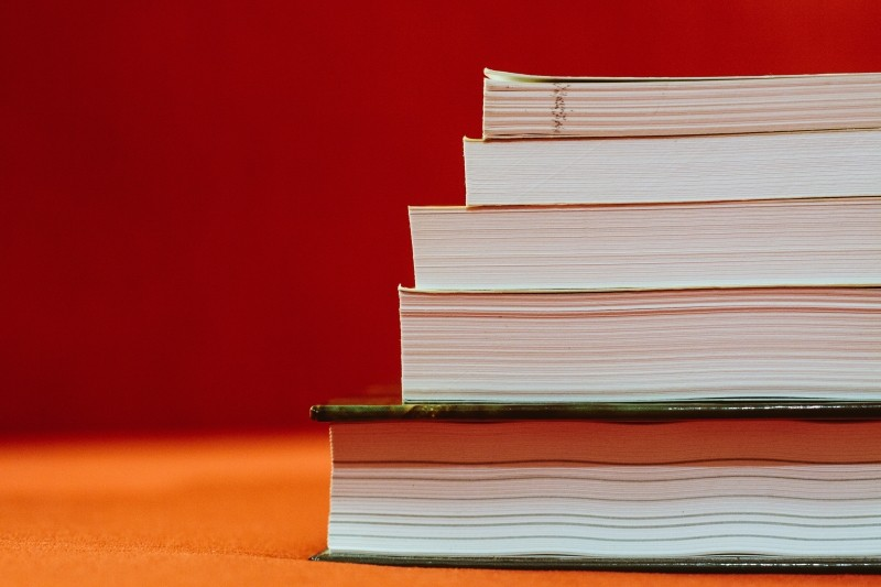 books-stack-reading-read-education-school-library