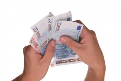euro-money-pay-cash-borrowing-loan-lending-1